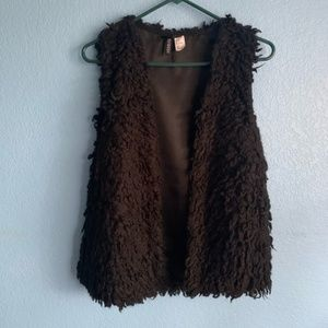 Divided H&M Fuzzy Vest sz 8 or M